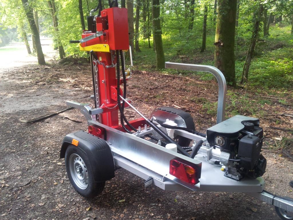 Lancman Holzspalter auf Fahrgestell STAWX17 oder STAWX21 5