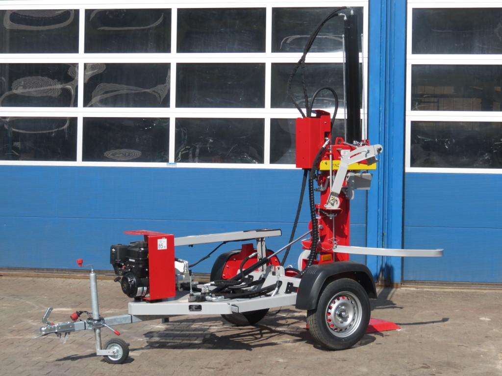 Lancman Holzspalter auf Fahrgestell STAWX17 oder STAWX21 1
