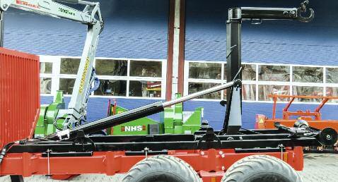 Hakenliftsystem für Rückewagen 5
