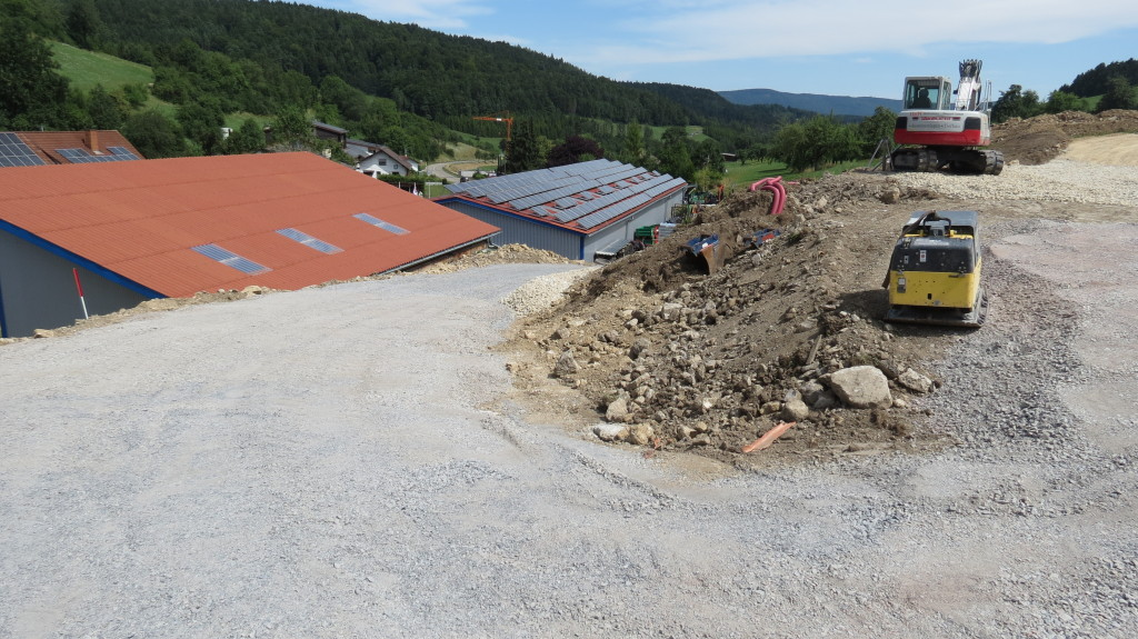 Neubau einer weiteren Lager-Ausstellungshalle 5