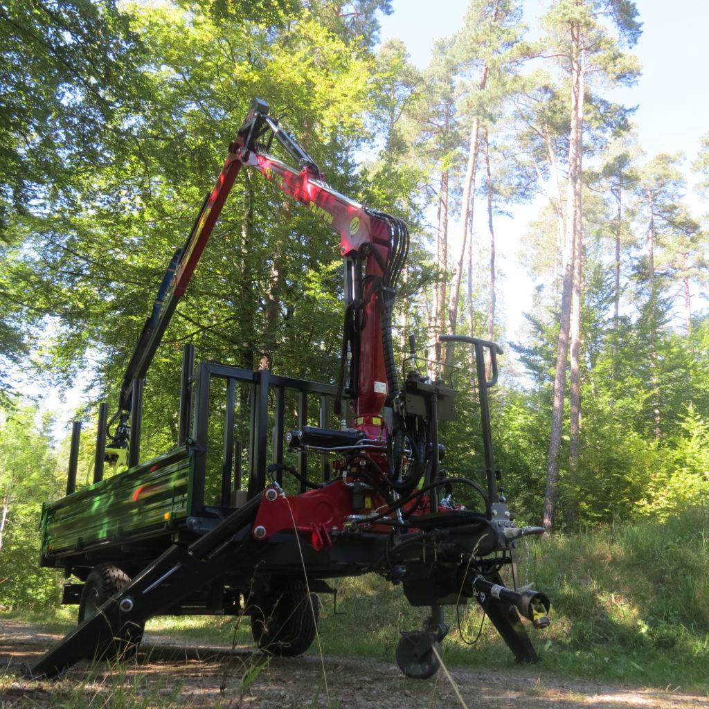 Forst-Dreiseitenkipper EDK 90 4