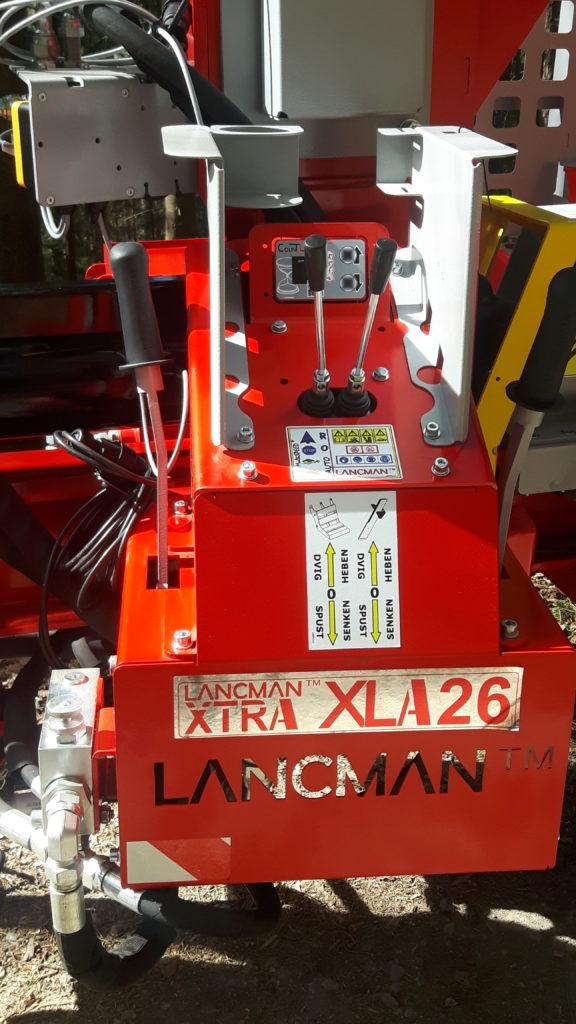 Lancman  Holzspalter auf Fahrwerk XLA 26 XTRA 9