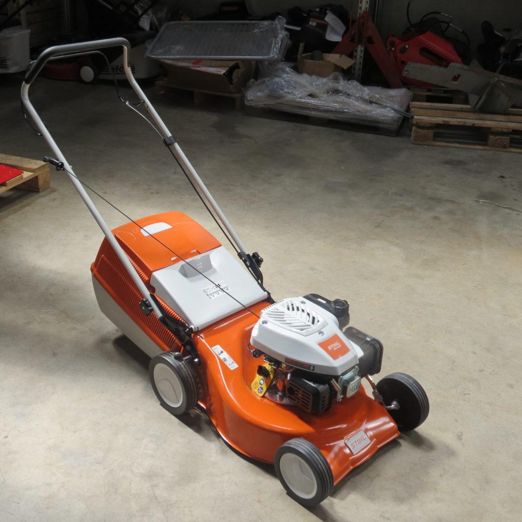 Stihl RM 248 Schiebe Rasenmäher 1